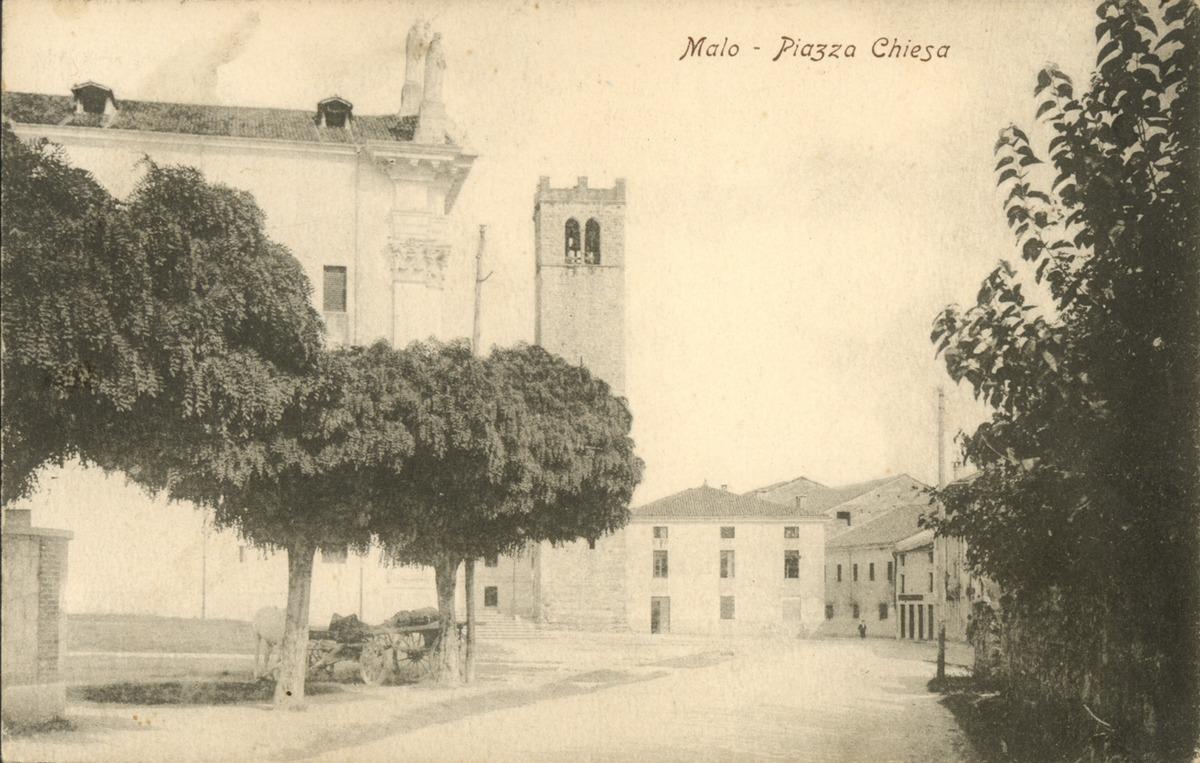 11-Piazza Chiesa.tif